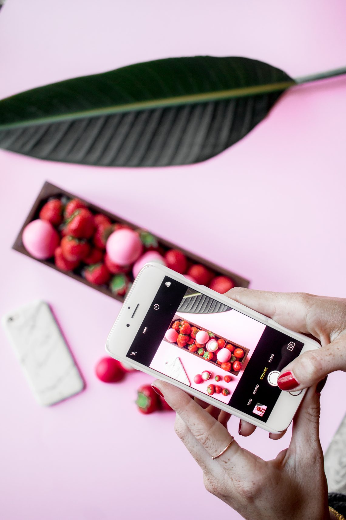 Instagram Photography: The Perfect Flatlay