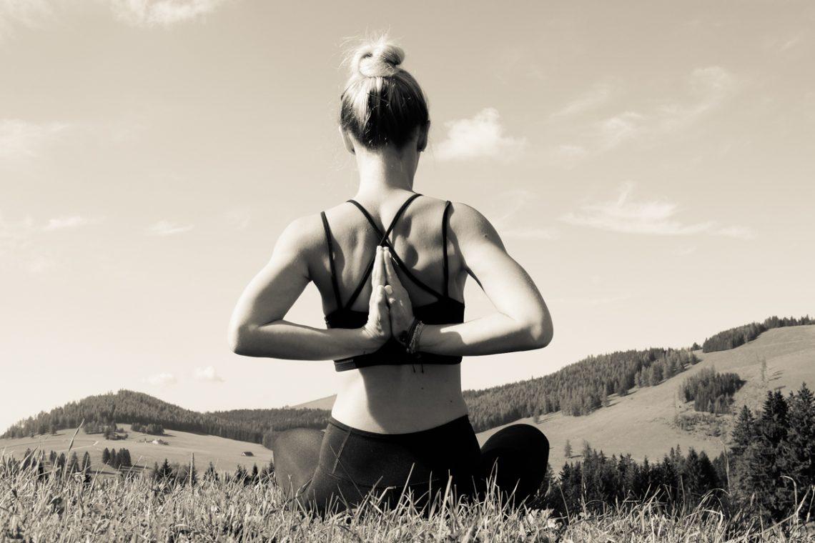 Job Report: Julia, Yogalehrerin