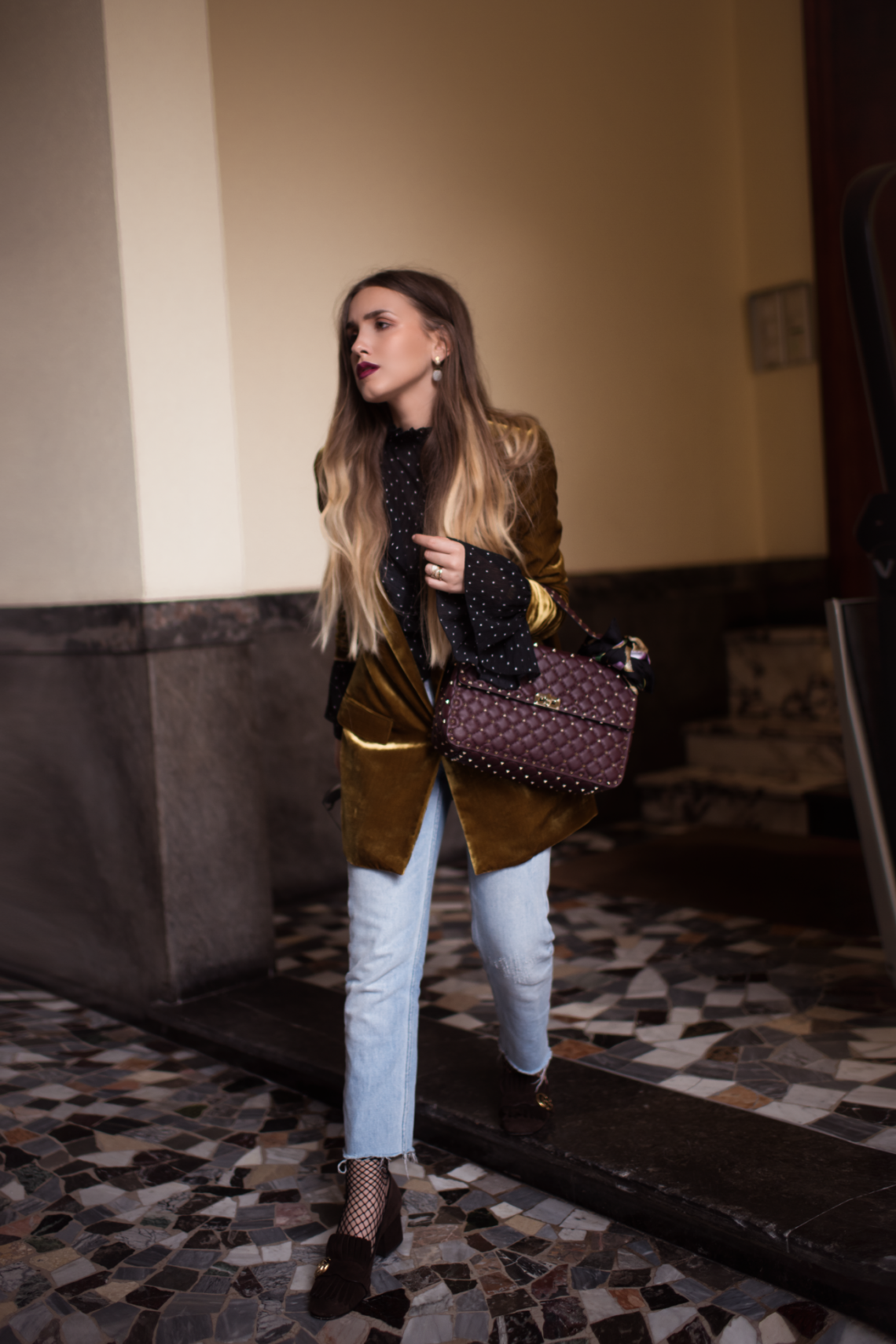 Steal Her Style: Velvet Blazer