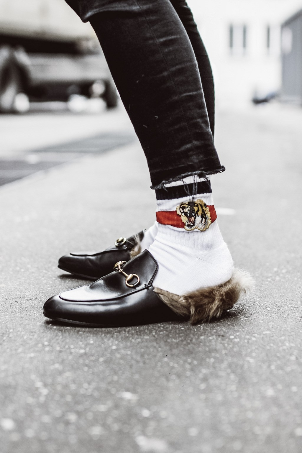 Gucci Slippers | The Daily Dose