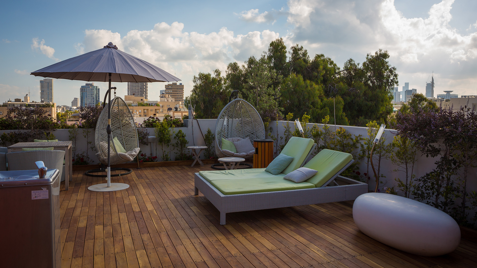 5 Hotels: Tel Aviv - Shenkin Boutique Hotel | The Daily Dose