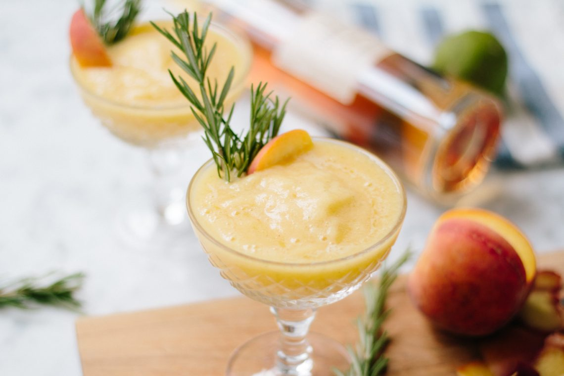 Bubbly Friday: Vanilla Peach Slushies