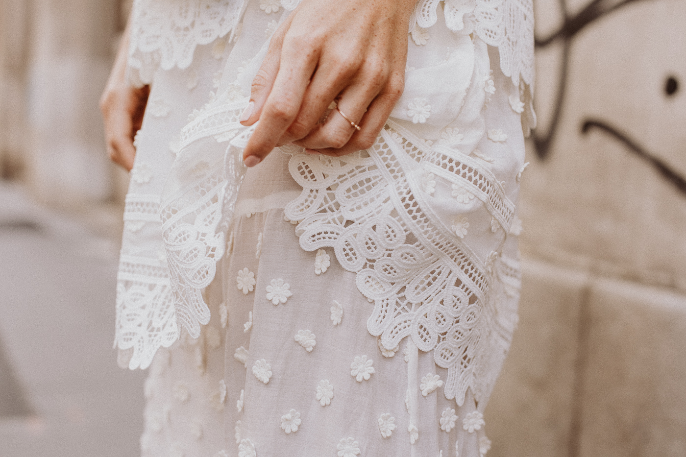 Editor's Pick: How To Wear White Lace | Love Daily Dose
