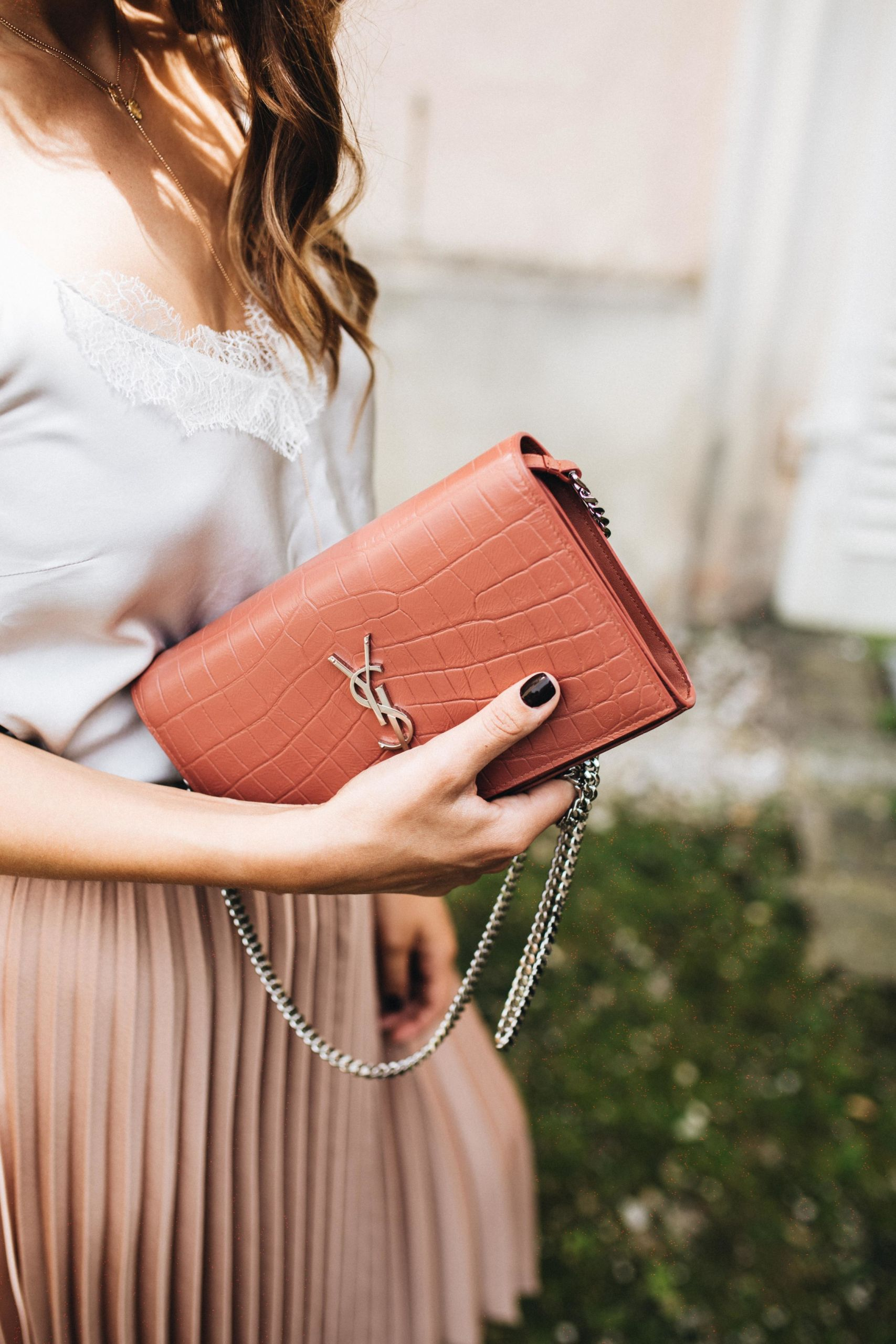 Sosodaily Fleamarket: Saint Laurent Wallet on a Chain | Love Daily Dose