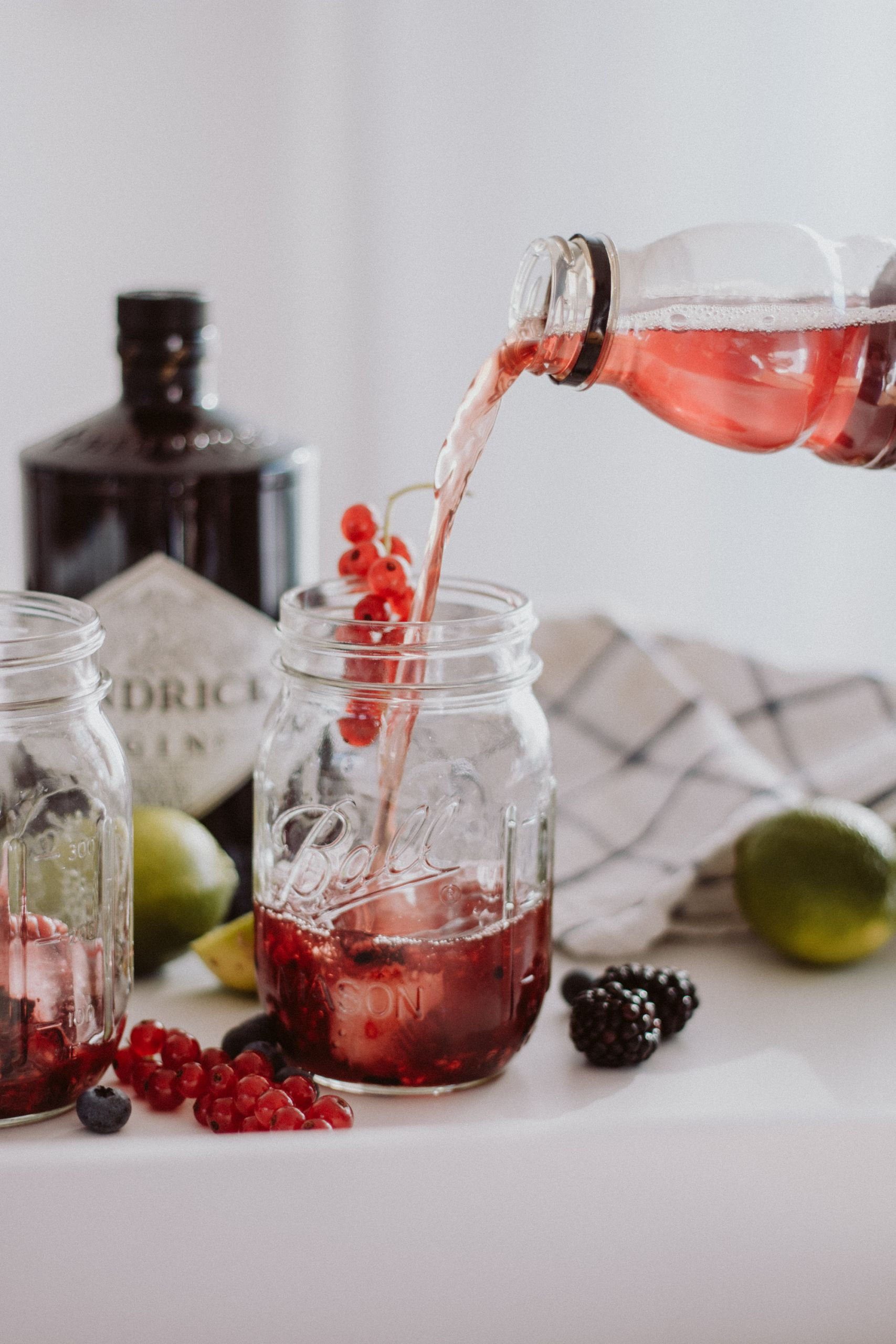 Spiked Berry Lemonade | Love Daily Dose