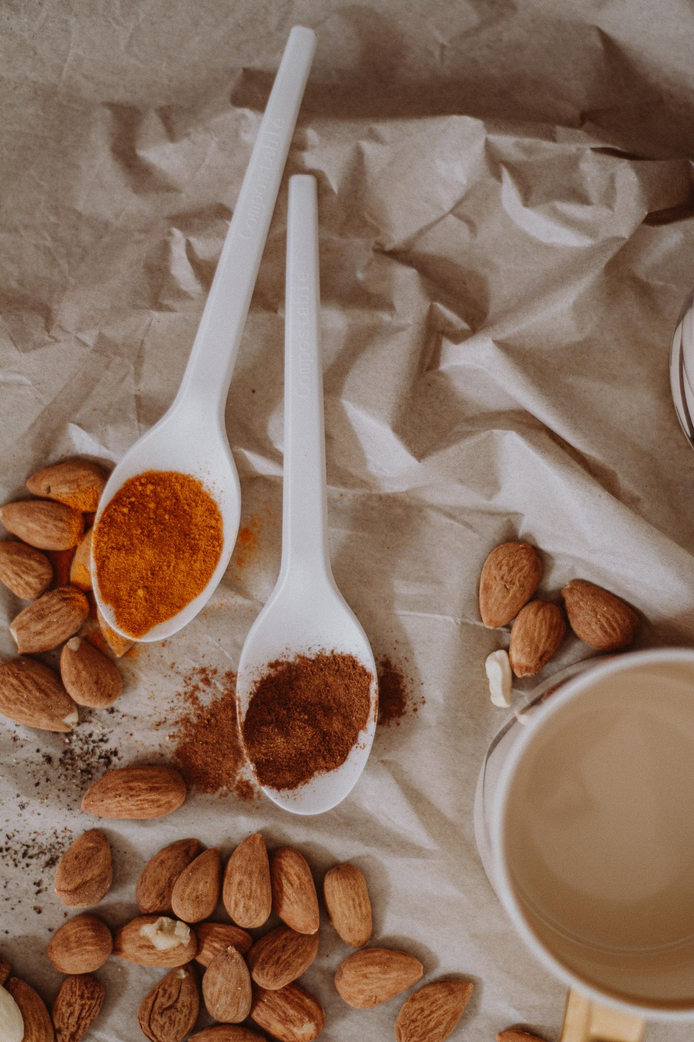 Golden Mylk, Turmeric Latte Recipe | Love Daily Dose