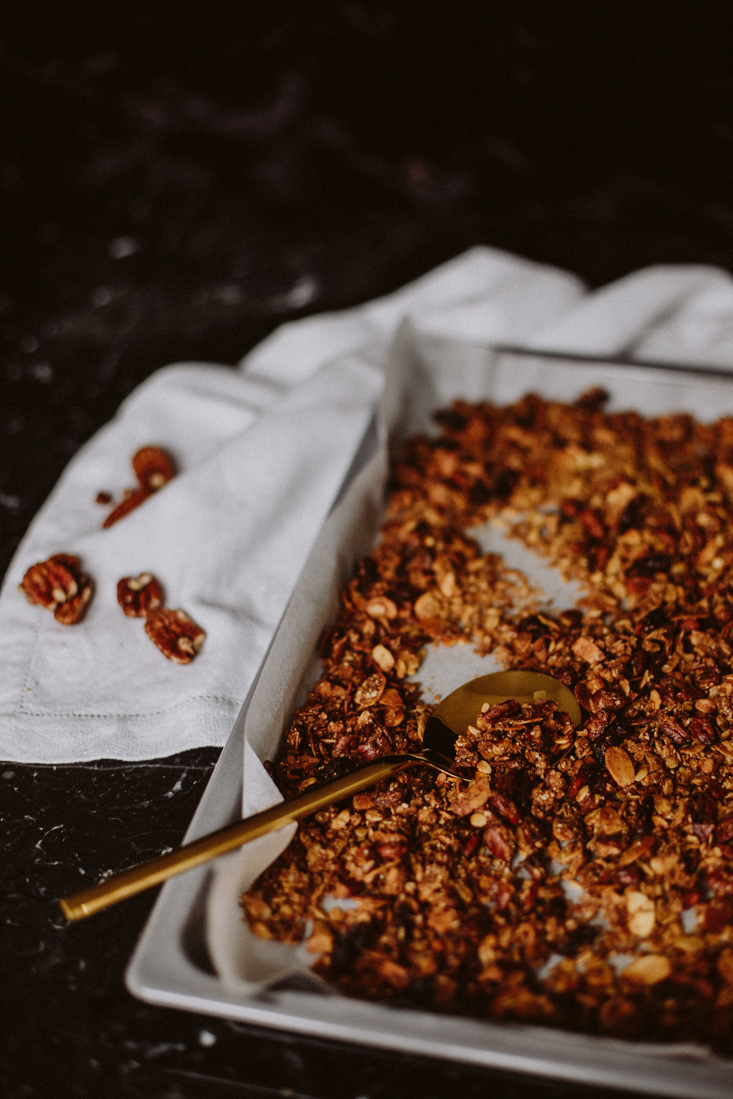 Coffee Gingerbread Granola Recipe | Love Daily Dose