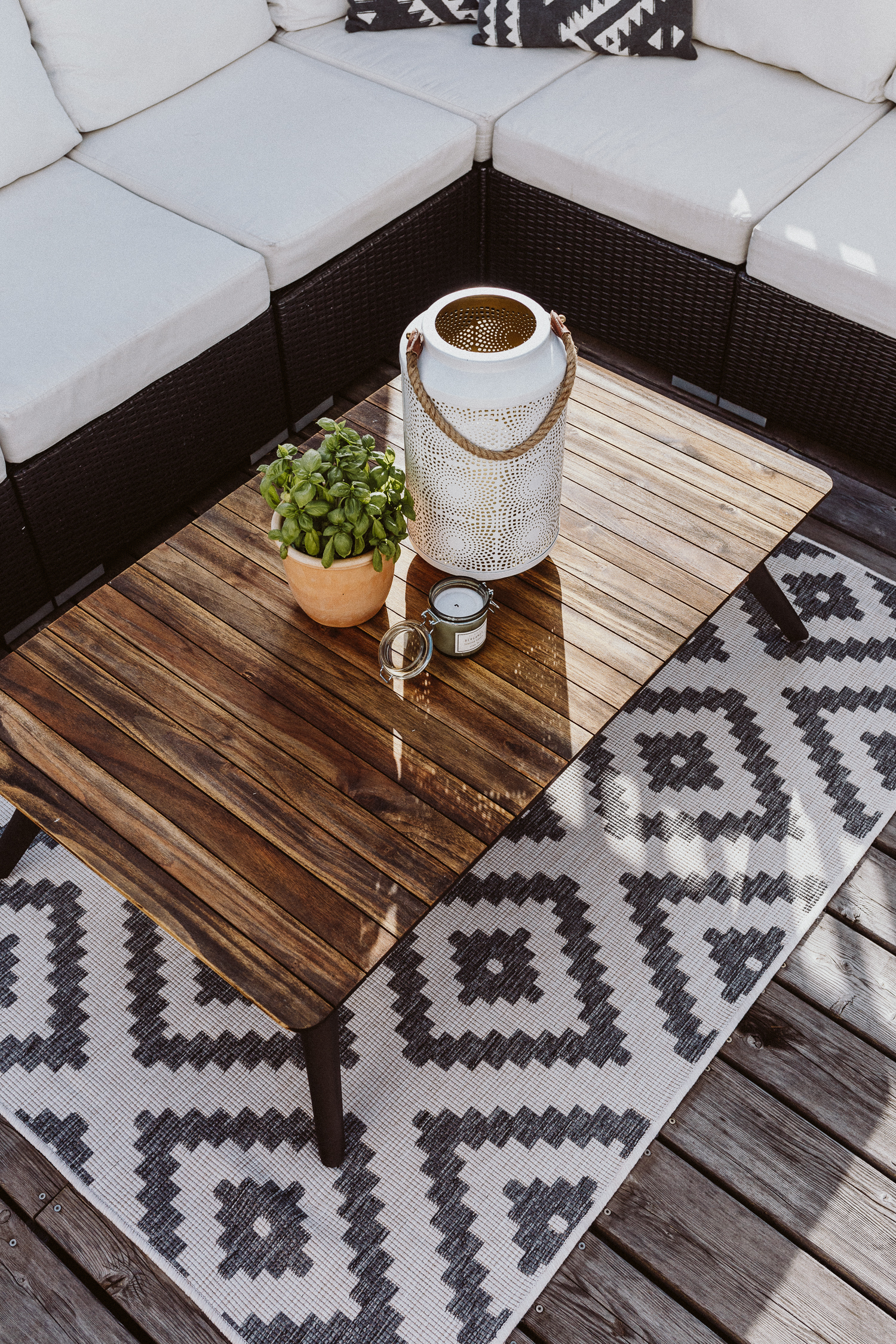 Terrasse möblieren, Outdoor Teppiche / Outdoor Rugs | Love Daily Dose