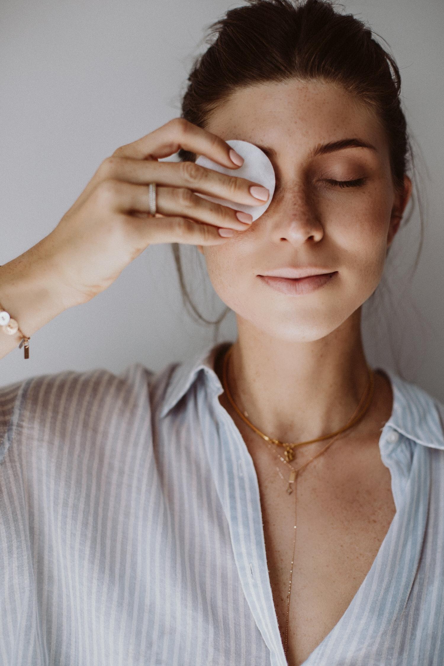 Reinigung mit Mizellenwasser, Micellar Beauty Secret | Love Daily Dose