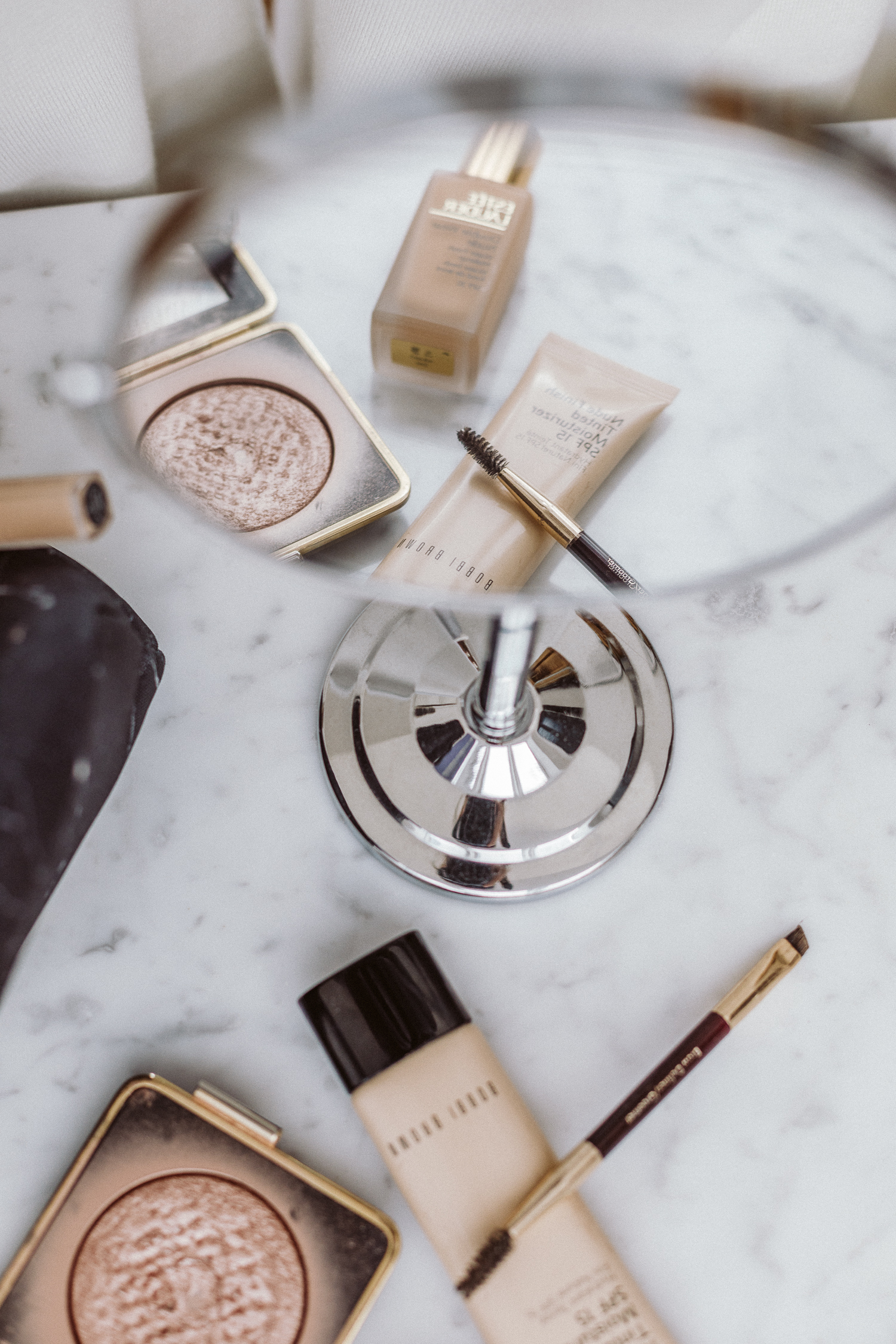 Office Talk: Our 5-minute Summer Make-Up Routine   Love Daily Dose