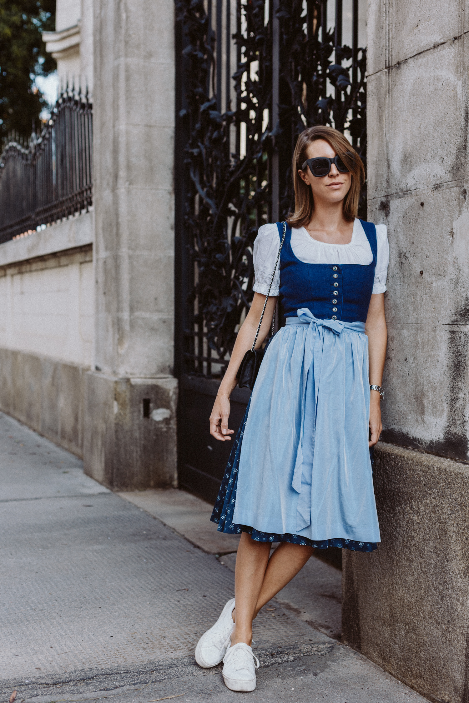 In Tracht We Trust: Oktoberfest Dirndl Outfit, Limberry Dirndl, Vintage Dirndlbluse | Love Daily Dose