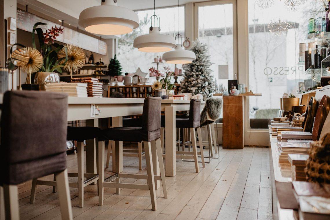 Salzburg Pick: Vis-à-Vis Doll Café