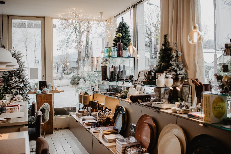 Salzburg Pick: Via-à-Vis Doll Café | Love Daily Dose