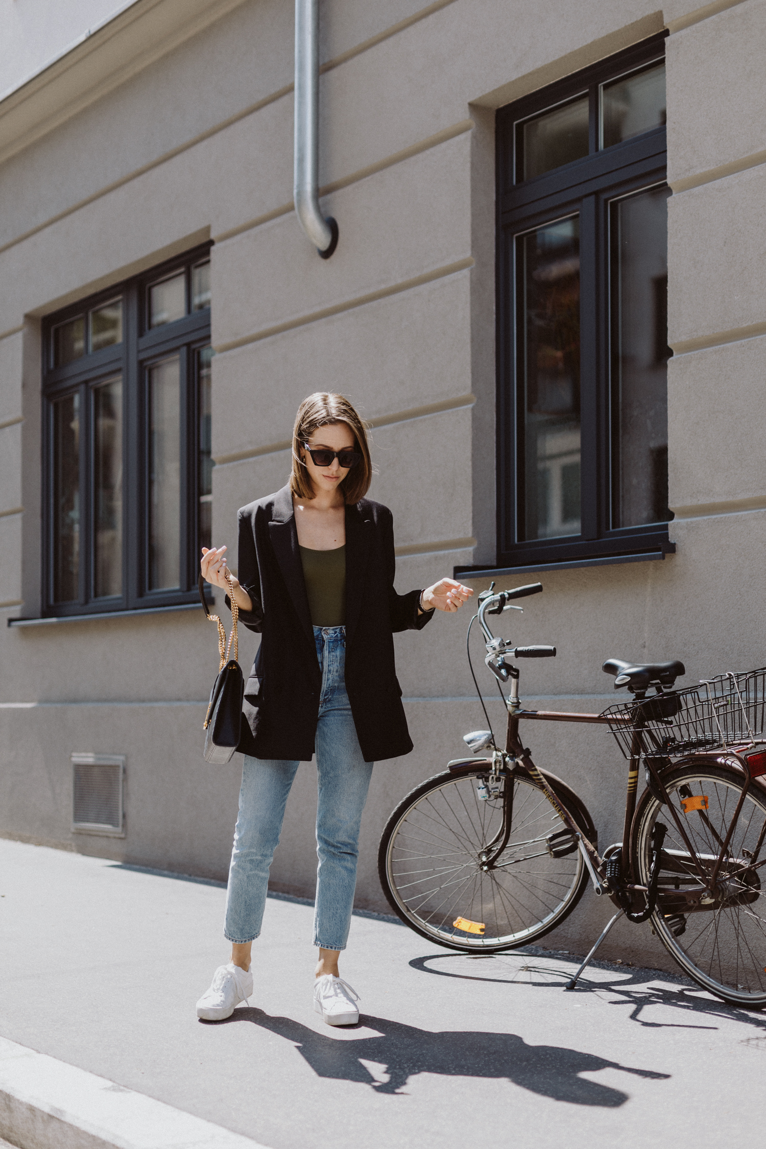 The Bodysuits Trend: Khaki Bodysuit von Topshop - Love Daily Dose