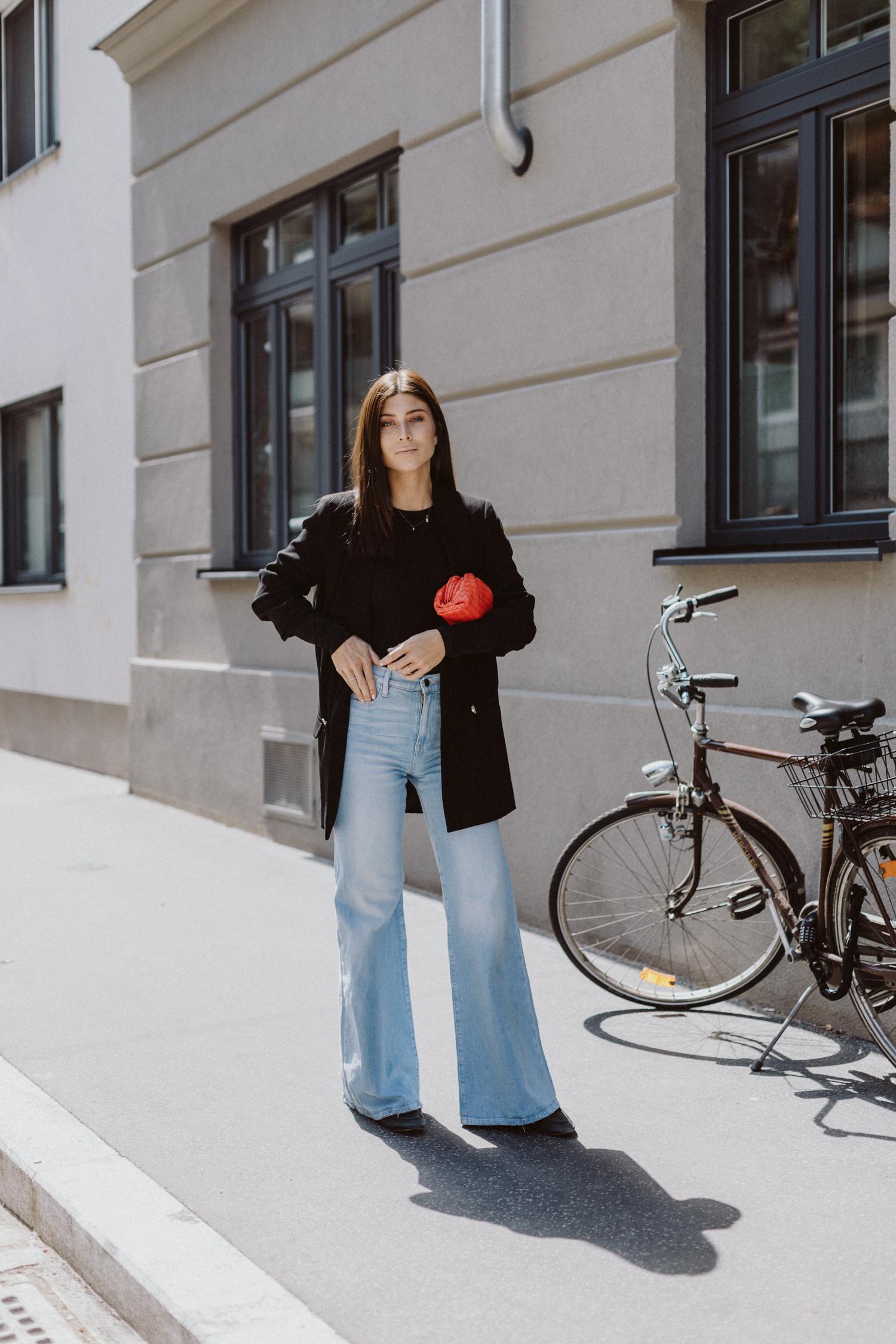 The Bodysuits Trend: Alix Bodysuit mit langen Ärmeln - Love Daily Dose