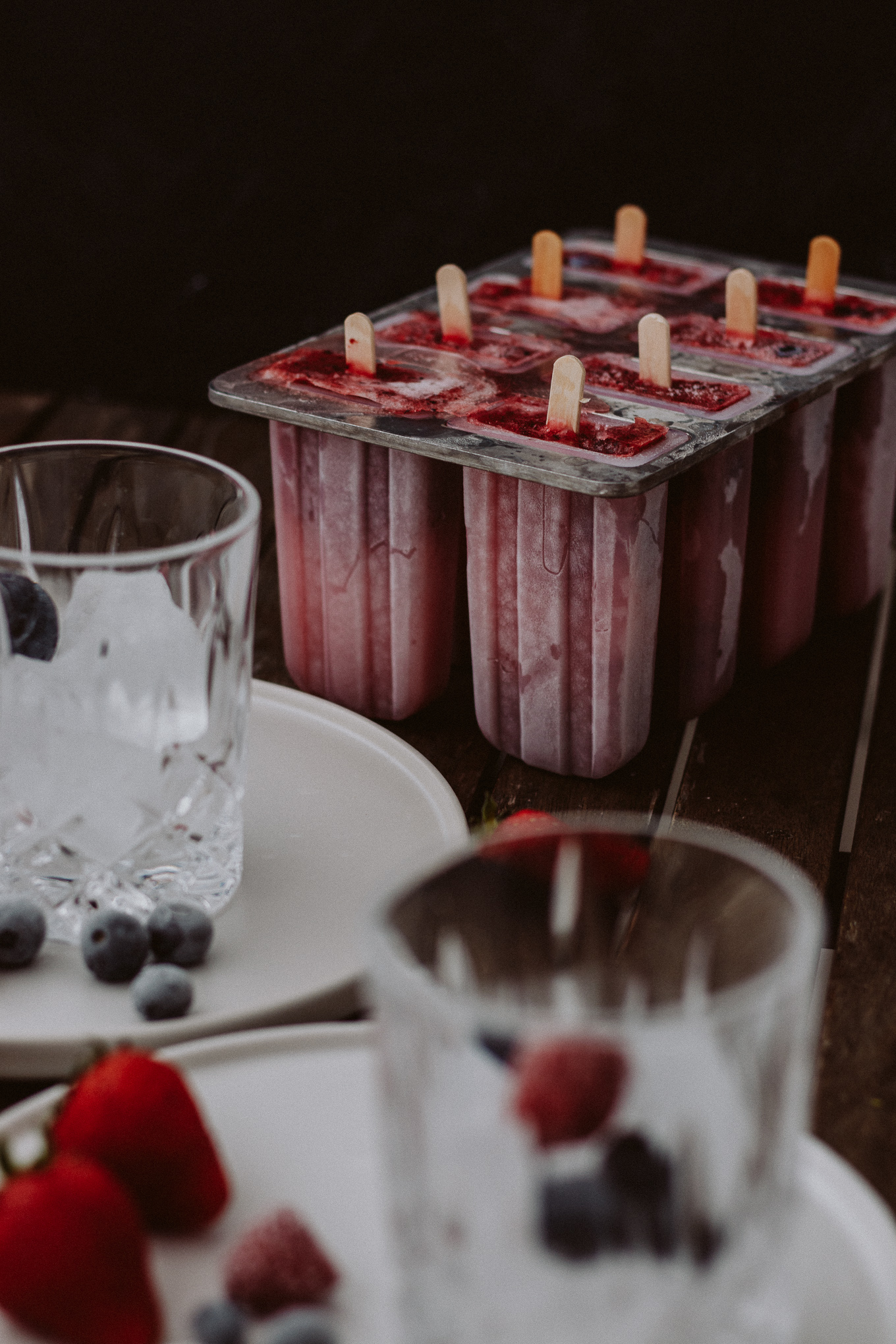 2019 The Daily Dose Bubbly Friday Berry Popsicles Rose