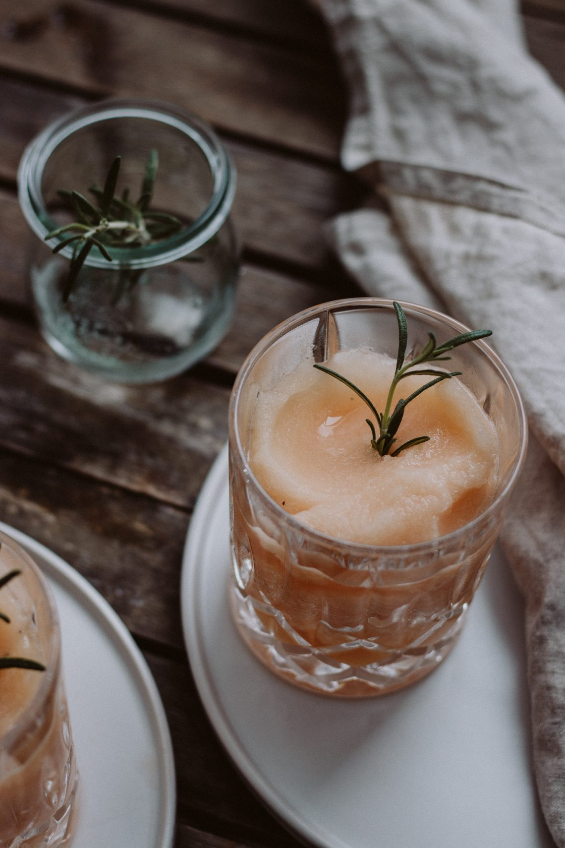 Bubbly Friday: Boozy Nektarinen Slush