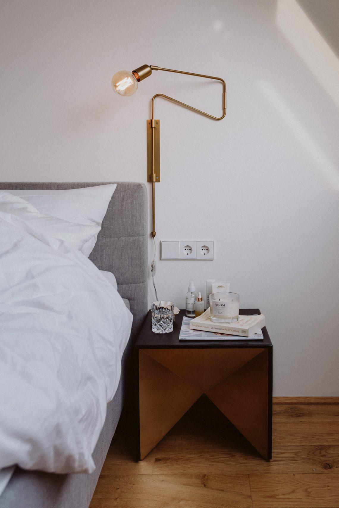 A Bedside Story: Einblicke Auf Unsere Nachttische