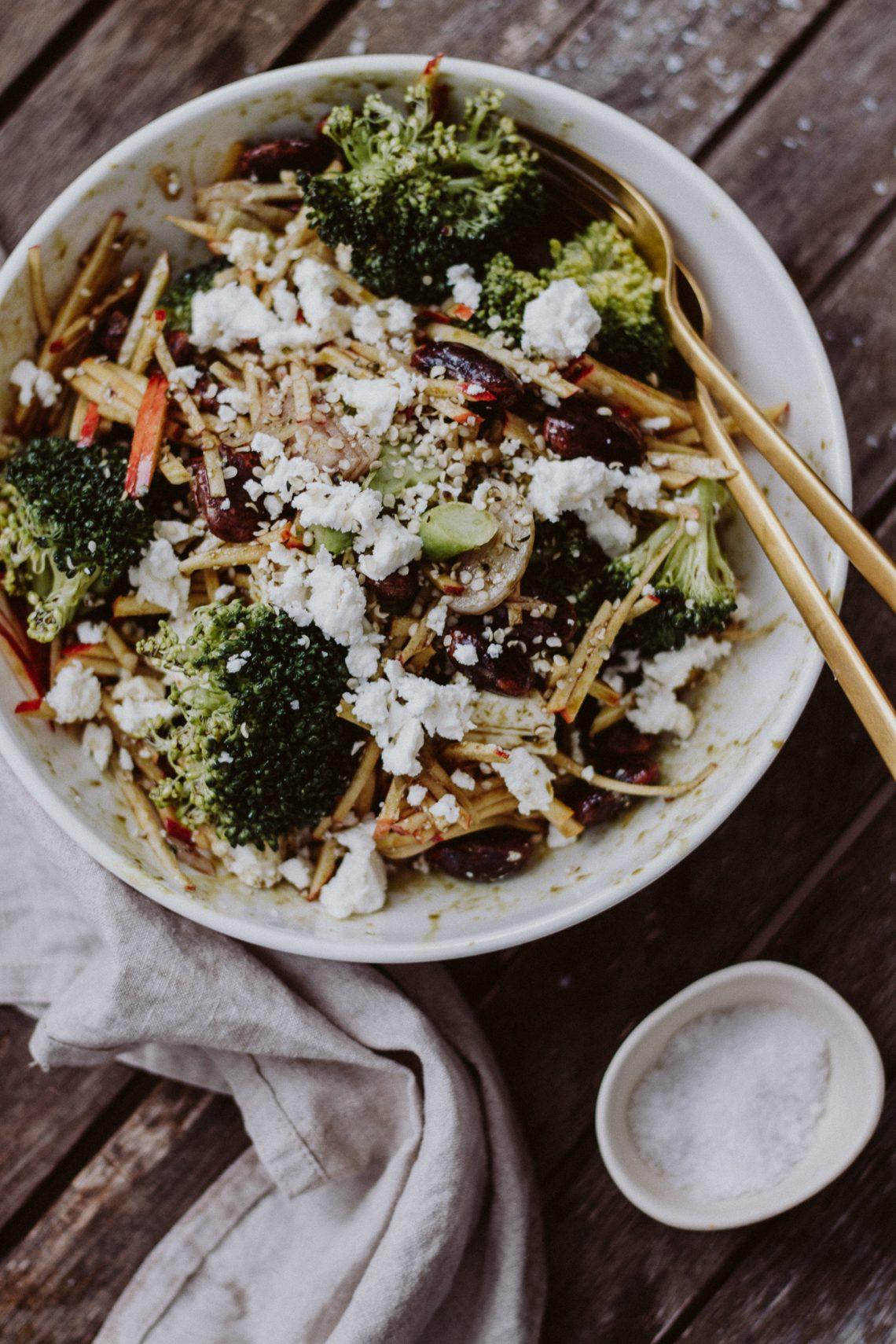 Rezept: Steirischer Brokkoli Salat mit Apfel