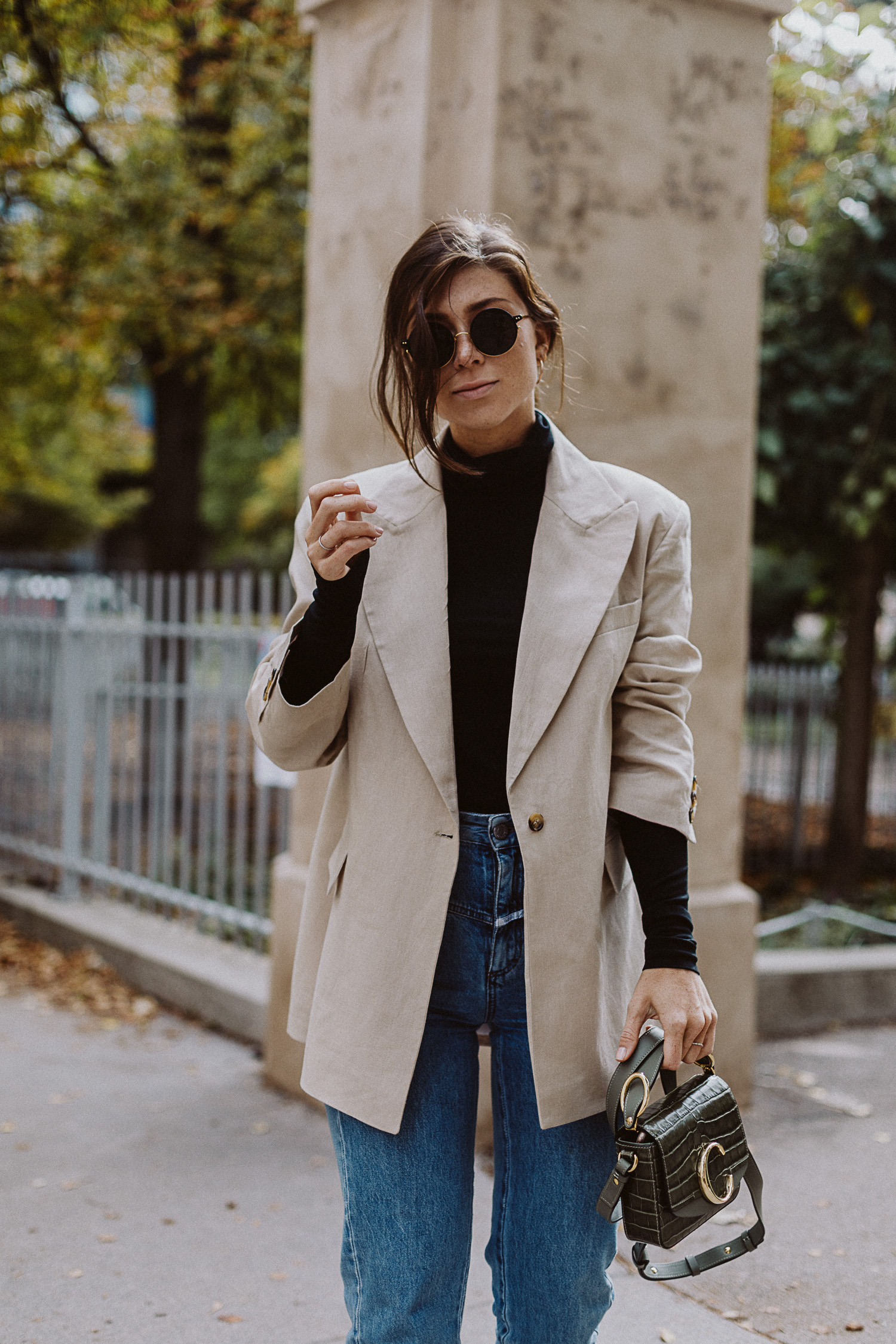 Editors Pick: Beige Blazer | The Daily Dose