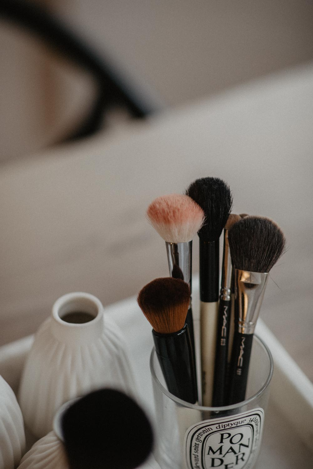 Make Up Brush Care: So pflegt man Pinsel richtig - love daily dose