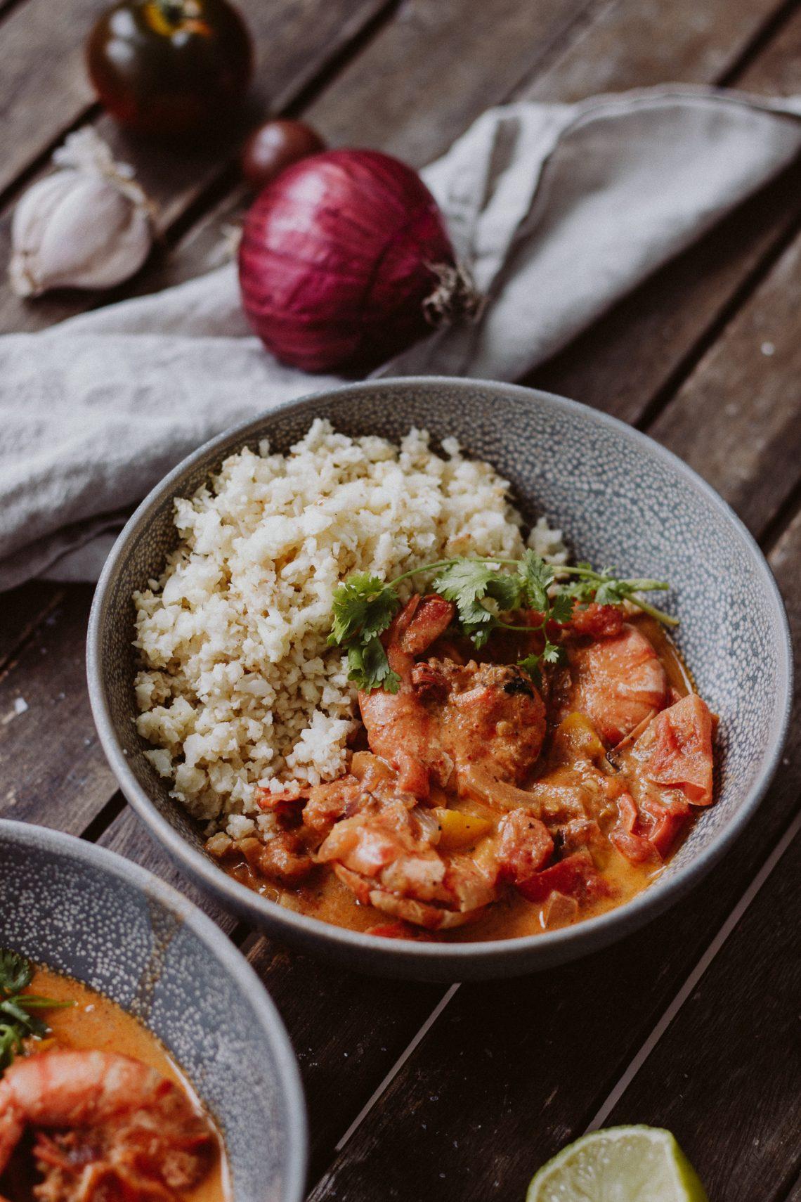 Rezept: rotes Garnelen Curry mit Karfiolreis