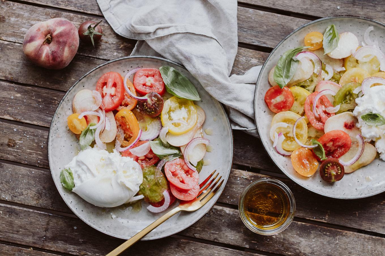 2020 Rezept The Daily Dose Burrata auf Pfirsich und Tomate