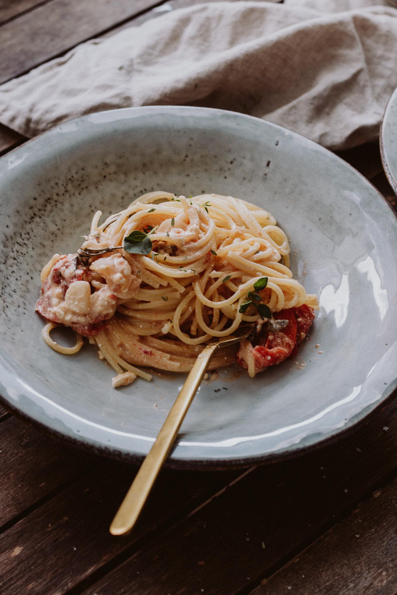 The Daily Dose Rezept Spaghetti mit Pastasoße aus dem Ofen